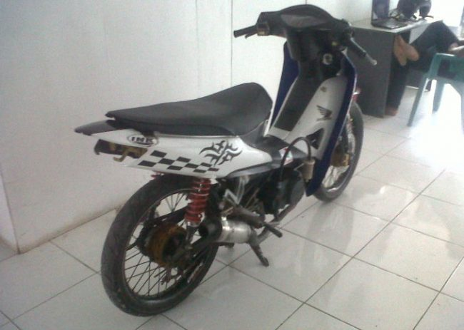 Modifikasi Supra Fit